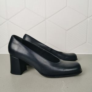 Pegabo vintage Italian blue leather block heels